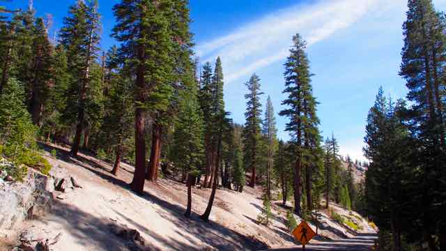 Am Weg zu Devil Postpiles in Mammoth Lakes