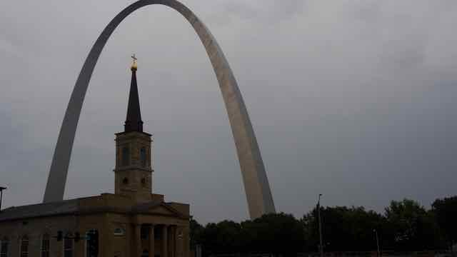 Der Gateway Arch in St. Louis