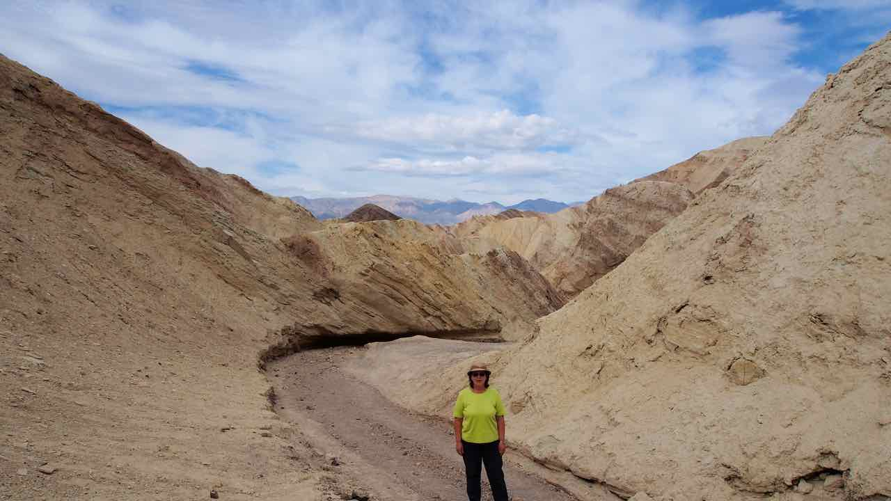 im Death Valley der Golden Canyon